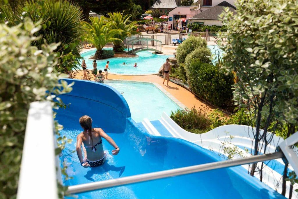 toboggan piscine camping fouesnant